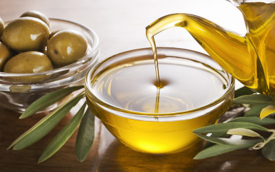 5 Crucial Health Benefits Of Extra Virgin Olive Oil