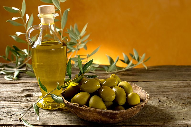 The Dangers of Fake Olive Oil: How Do I Get The Real Thing?